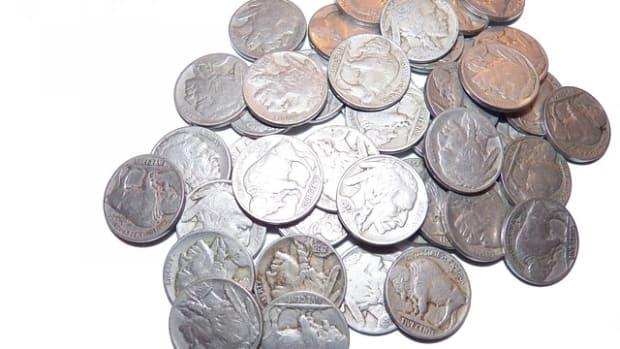 nickels-315008_640