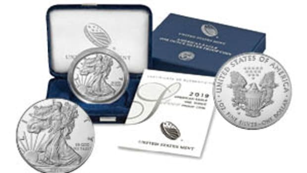 2019-W Uncirculated American Silver Eagle – obverse, presentation case and reverse.