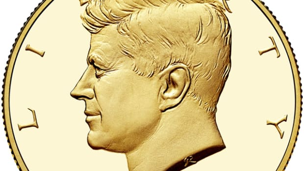 Obverse of the 2014-W Kennedy gold coin