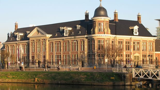 The Royal Dutch Mint, after a string of financial problems, will be sold.