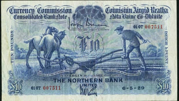 Star of the show: Irish Currency Commission £10 of May 6, 1929 issued by Northern Bank Limited, P-34. In PMG Very Fine 30 it realized $32,900.