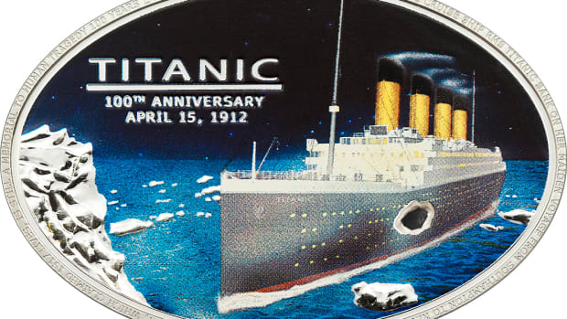 Titanic Cook Island Oval with coal