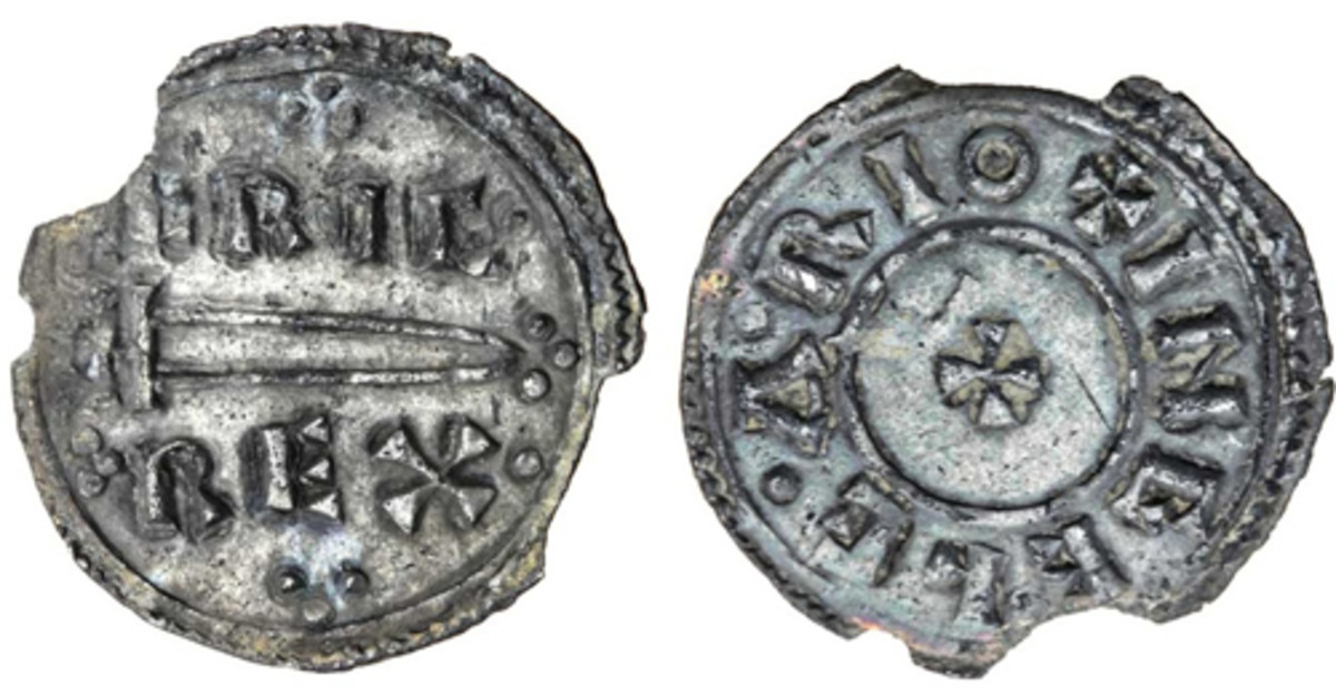 Top-selling silver penny from the Williams Collection Part II: Eric Bloodaxe King of Northumbria sword-type issue from his second reign (S-1030) that realized $39,788. It is just the third sword-type penny to be offered in the last 60 years. (Image courtesy and © Spink)
