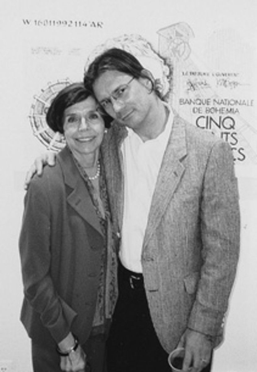 J.S.G. Boggs with gallery owner Nancy Drysdale during a 1995 exhibit of his work in Washington, D.C.