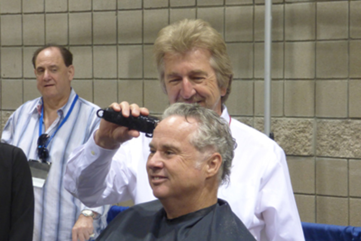 ANA President Jeff Garrett was one of the celebrity hair shavers at the charity fund-raiser.