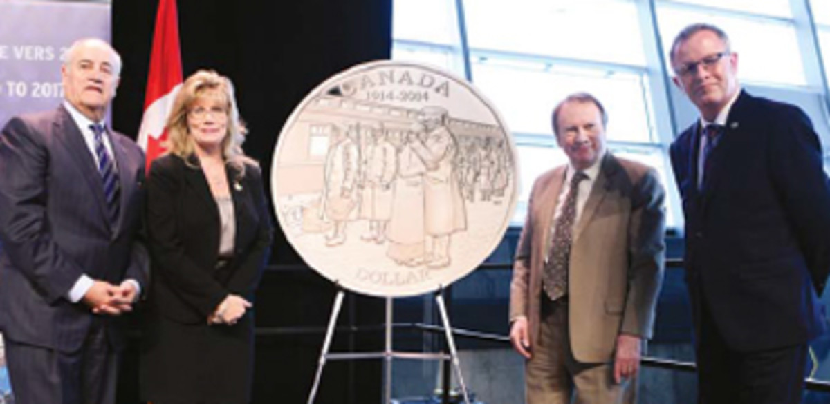 The Honorable Julian Fantino, Minister of Veterans Affairs Canada, the Honorable Shelley Glover, Minister of Canadian Heritage, Ian E. Bennett, President, RCM and Mark O'Neill, President, Canadian Museum of History, unveil Canada's first coin commemorating the centenary of the outbreak of WWI. (Image courtesy RCM.)