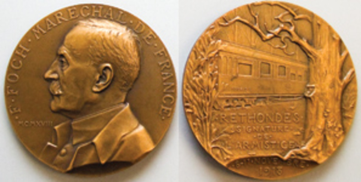 Large 69 mm, 159.28 g bronze French medal by Georges-Henri Prud'homme marking the signing of the Armistice document in Foch's rail carriage in the forest of Compiègne at 0500 on 11.11.18. (Images courtesy Yale University Art Gallery)