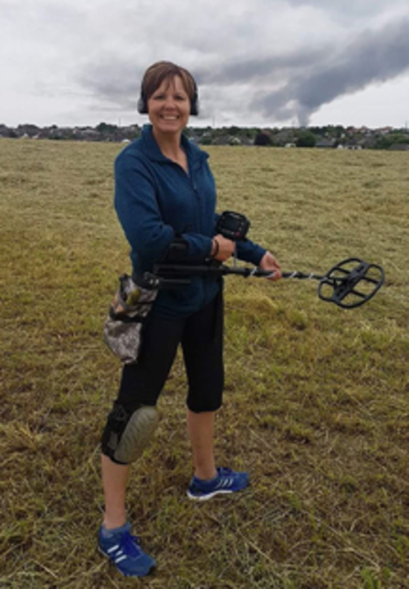 Metal detectorist Michelle Vall in action. (Image courtesy Dix Noonan Webb)