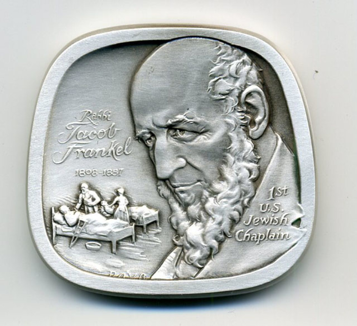 One side of the medal features