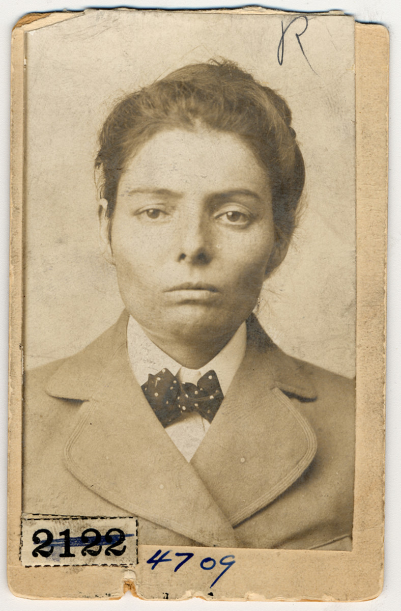 Laura Bullion, aka Lillie Rose, from an 1893 mug shot. She was Ben Kilpatrick's girlfriend and a possible accomplice in the Great Northern rail robbery.