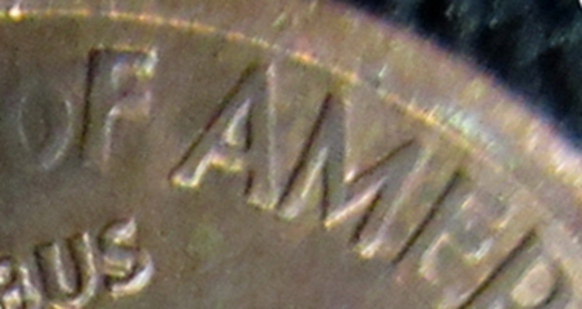 SMALL DATE COPPER--RD//RB--AU//UNC UNITED STATES-1982 P MEMORIAL CENT-