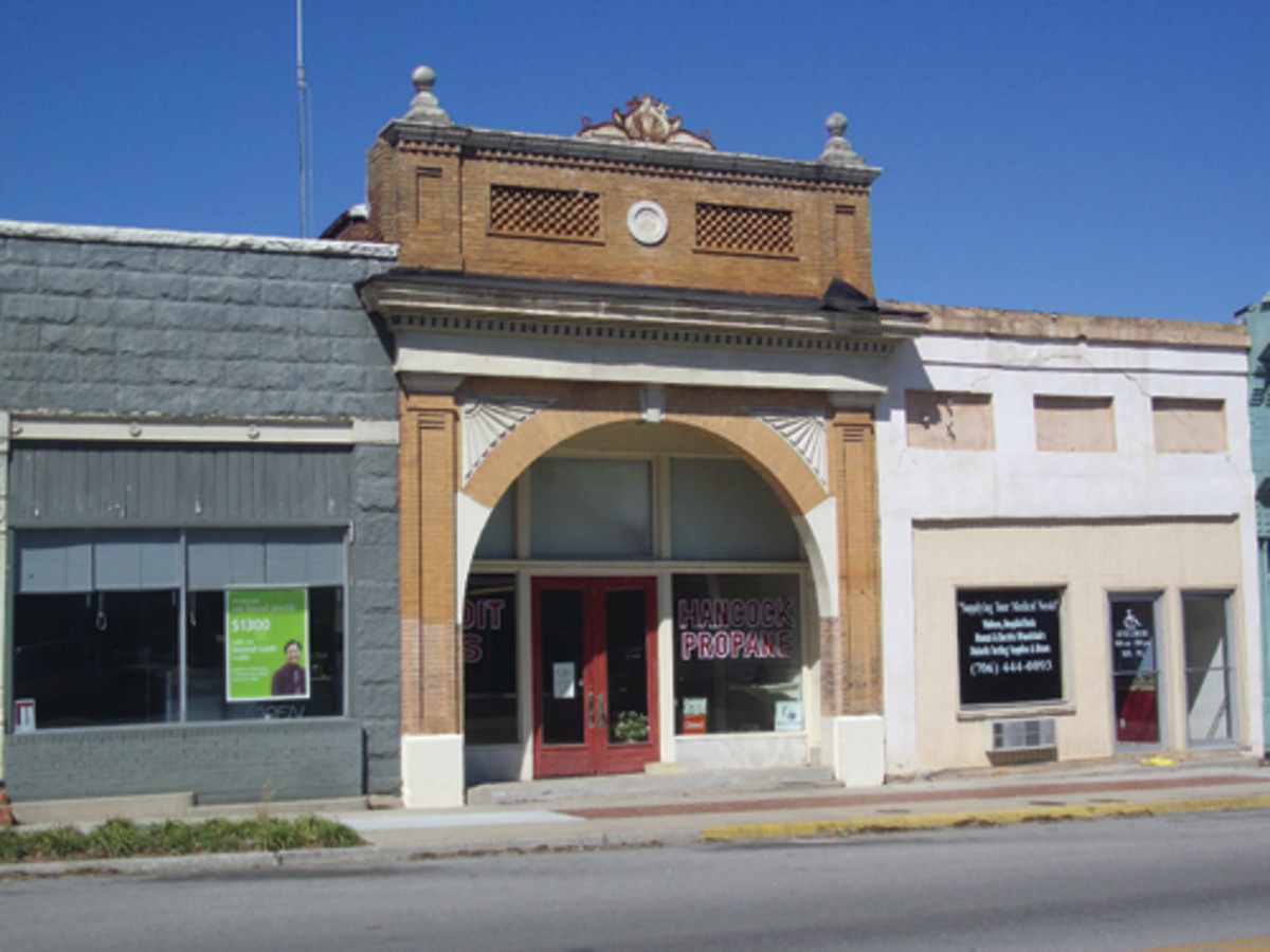Here is the old Copelan National Bank building as it appears today in downtown Greensboro.