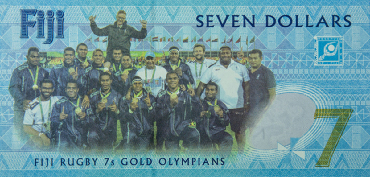On the back of the new note is the entire Fiji Rugby Sevens team. (Image courtesy and © Reserve Bank of Fiji)