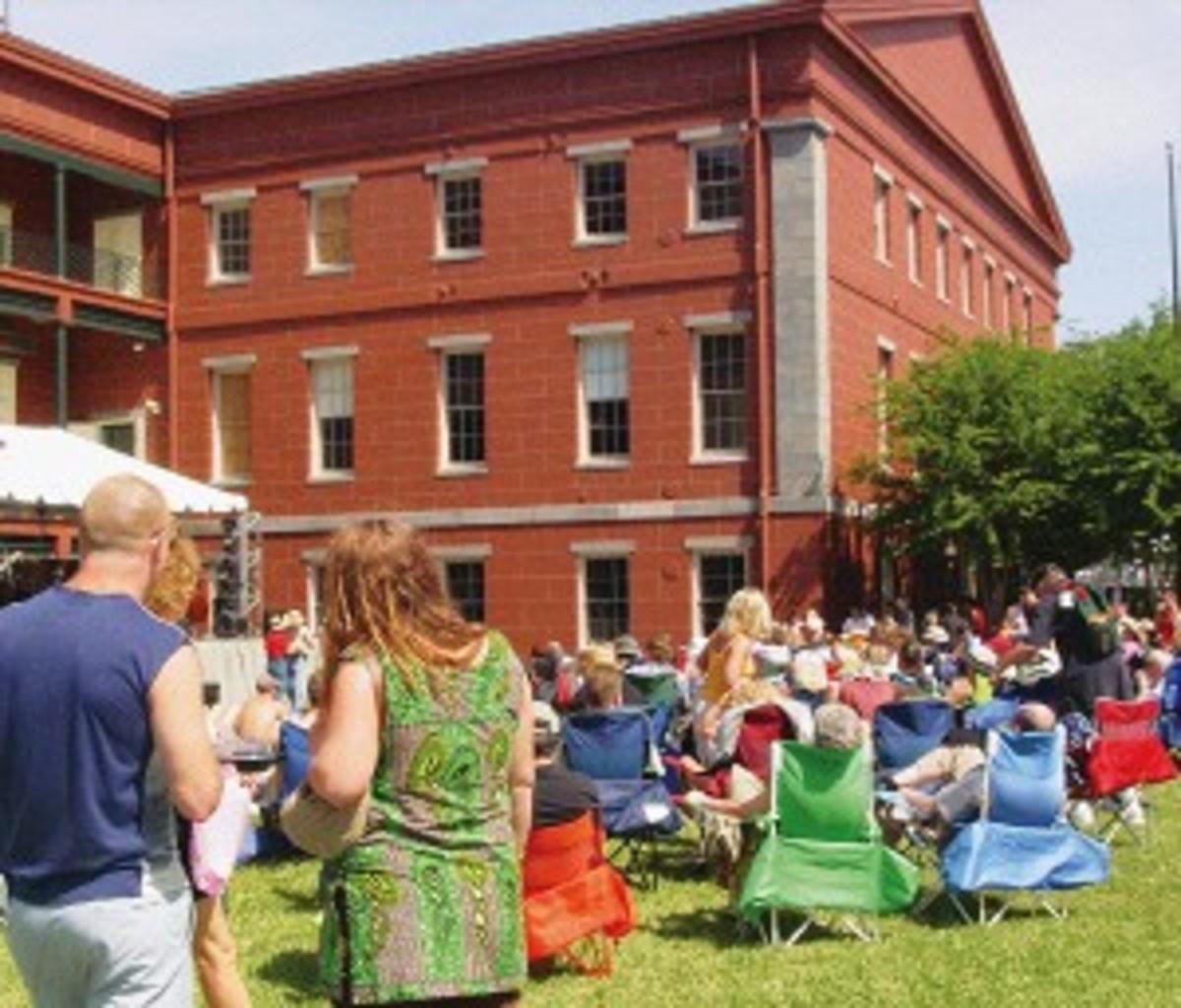 Image02 Jazz Fest April 2006 DSC06061c.jpg
