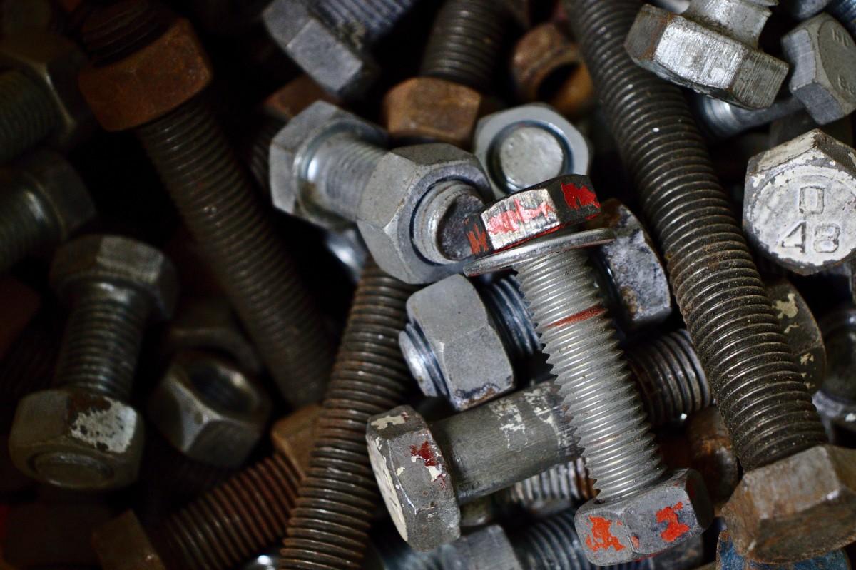 screws-4475135_1920