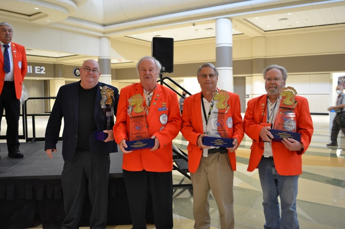 2021 FUN Presidential Awards are presented to (from left): Kenny Mullins, Randy Campbell, Gary Braisted and Bob Russell. Bob Hurst, FUN president, looks on.